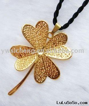 24K real gold plated natural ginkgo leaf necklace