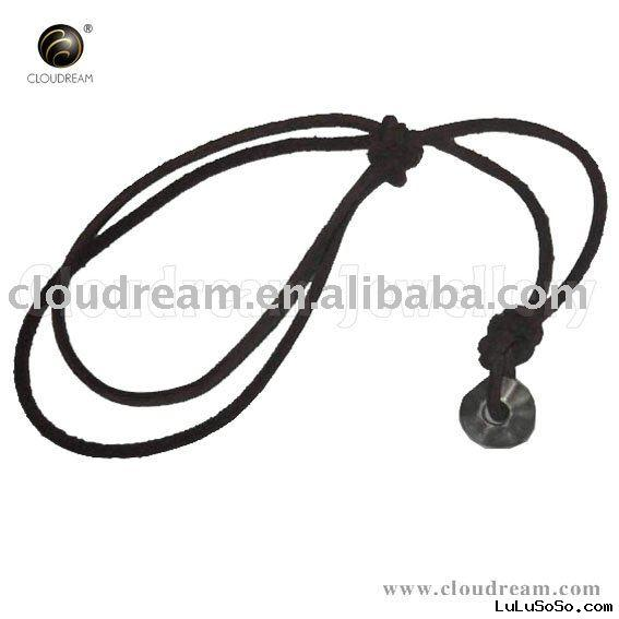 Fashion black leather necklace