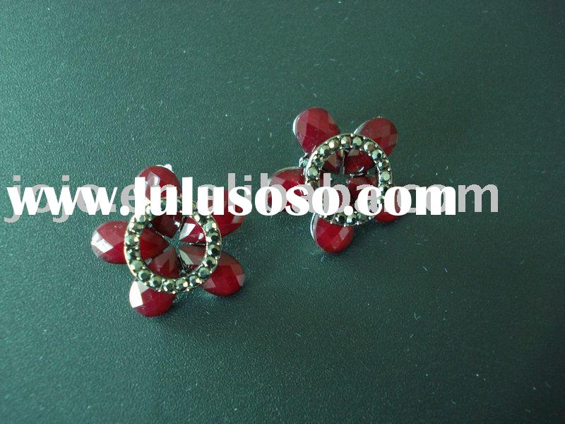 diamond Earrings/stud earrings