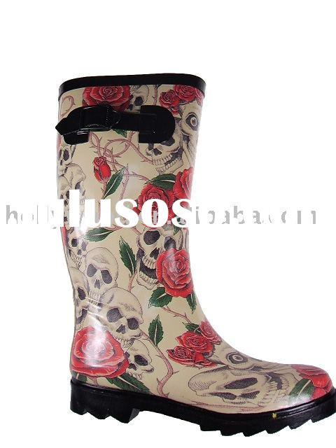 Very beautiful Ladies rubber wellington Boots