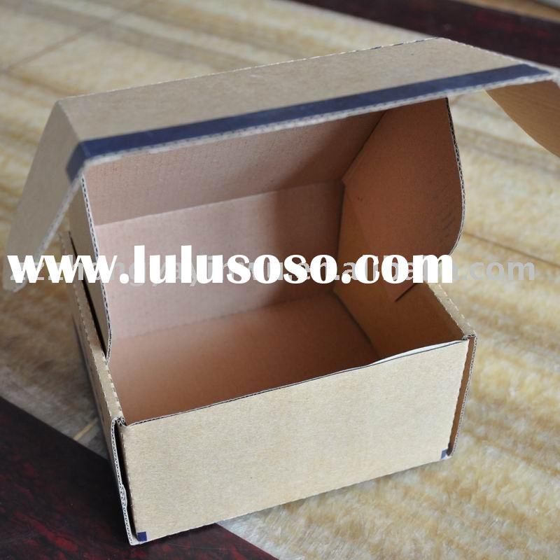 folding corrugated packing container