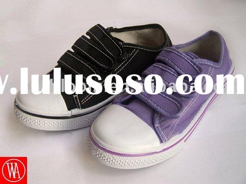 2011 children new cheap injection canvas school shoes