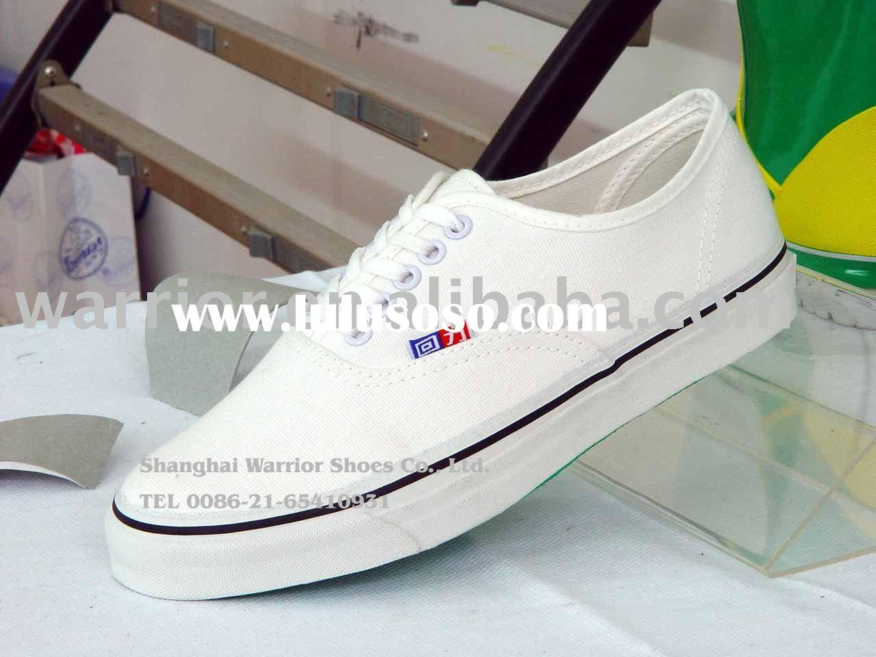 Warrior White Canvas Shoes with laces Art No.WJ-1
