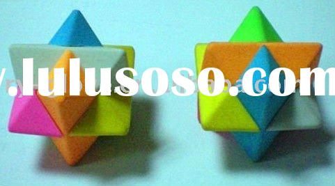 3D puzzle eraser for magic cube fans