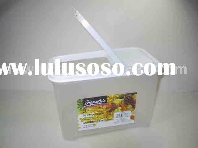 2Litre Storage container with snap lock lid