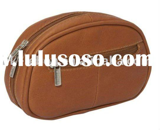 Hanging Leather cosmetic bag