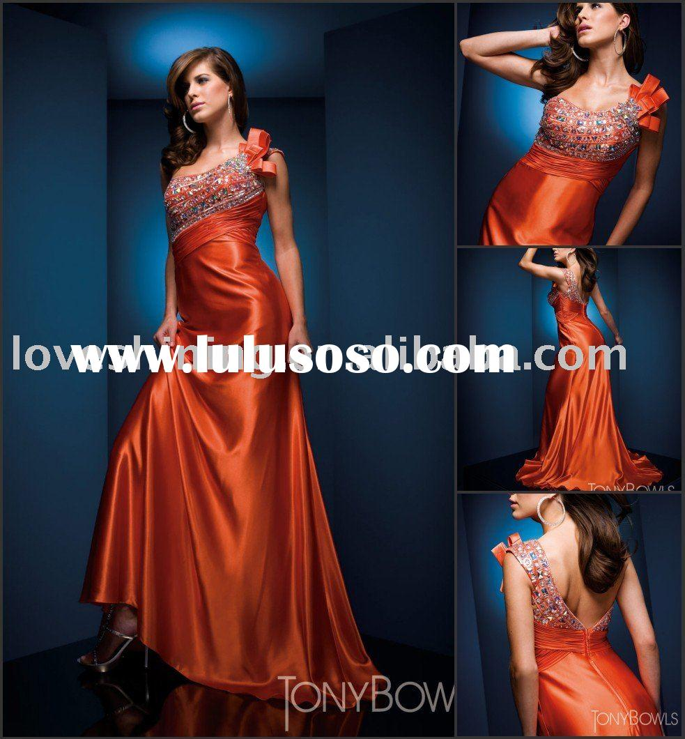 Rental of Tuxedo/Cocktail Dress / Evening Gown | 22166