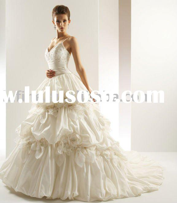 HS7016 Elegant Taffeta Spaghetti Straps Ball Gown Wedding Dress