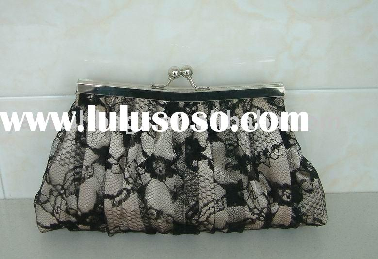 wedding bag Item NoY90647A1The black net covers the champange satin2