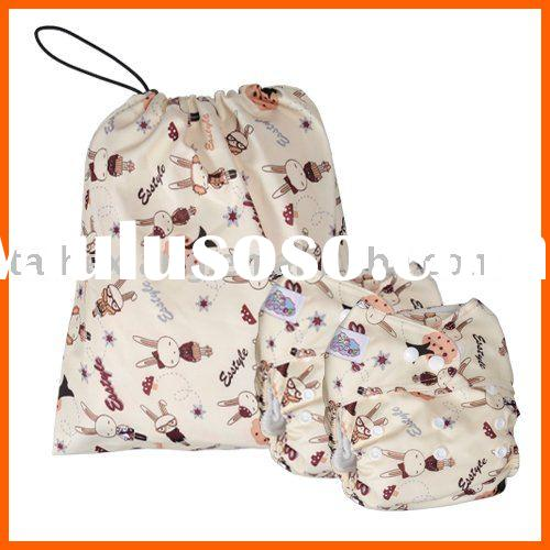 Papoose Bunny Pattern Baby Diaper + Wetbag