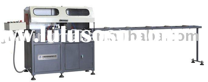 Auto reciprocating corner-brace saw, Aluminum Door and Window machine