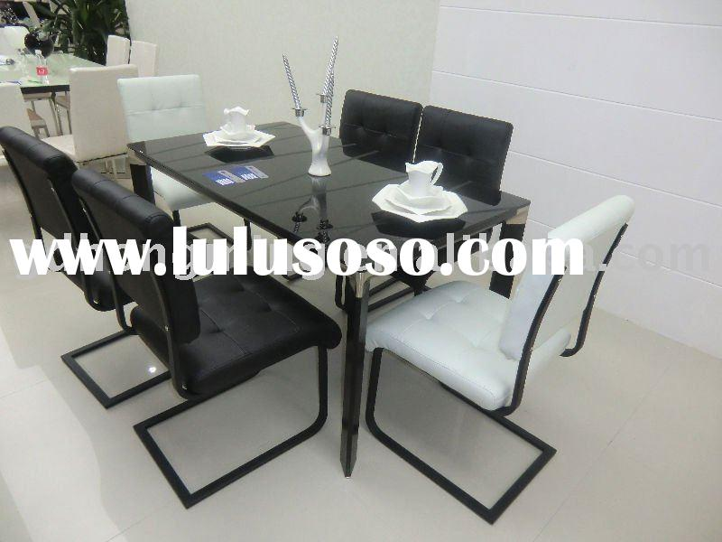 2011New metal frame tempered glass top dining table and chair offered