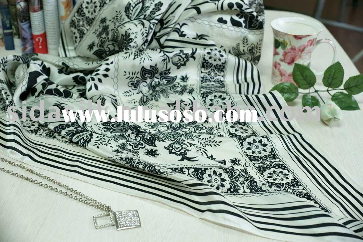 Fashion Shawls and Scarves