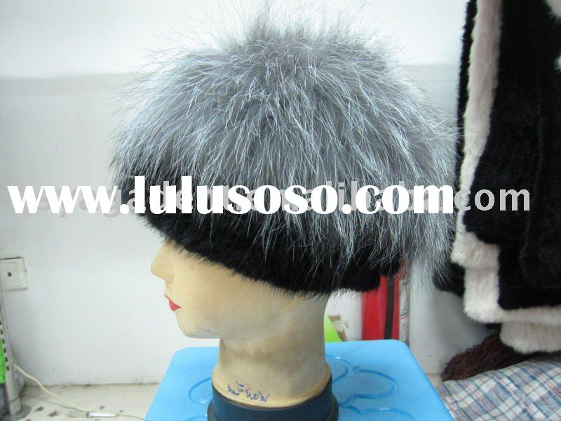 wolf fur hat. Fashion Fox Fur Cap