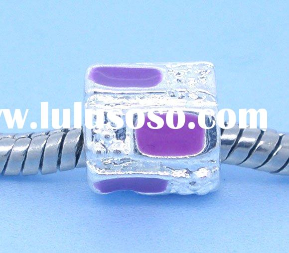 Beads fit Pandora, cube, zinc metal alloy, silver plated, enamel purple. 9x9mm. Sold per packet of 2
