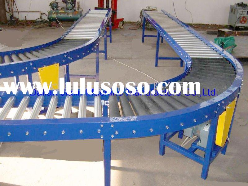 chain-driven roller conveyor