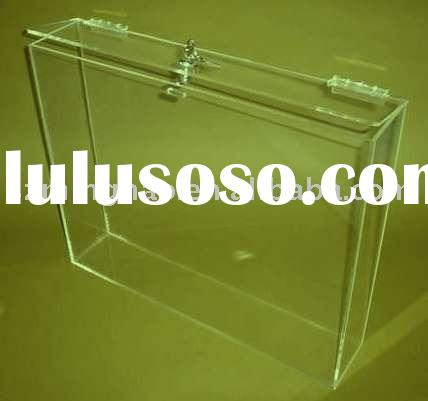 Acrylic box with hinge lid
