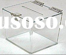 clear acrylic box with hinge lid