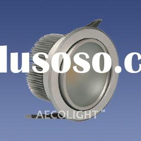 Adjustable recessed downlight