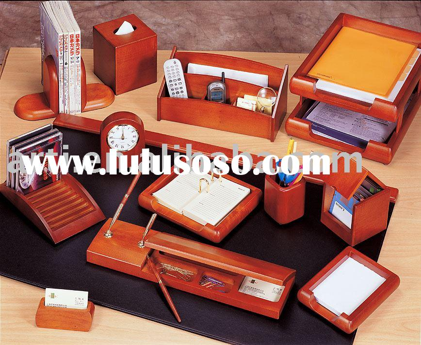 Williams burg desktop accessory Collection