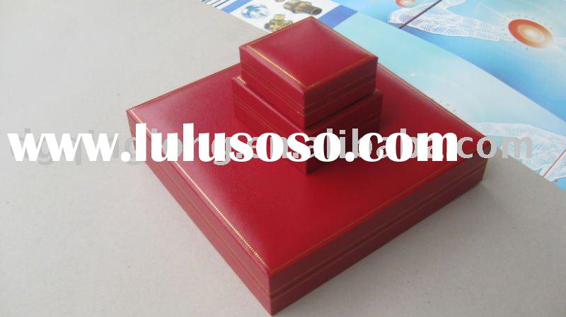 red paper silk wedding box invitation ql-82