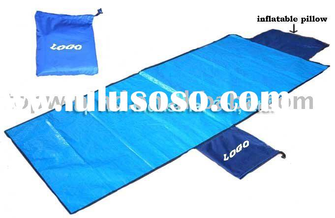 Foldable beach mats with inflatable pillow