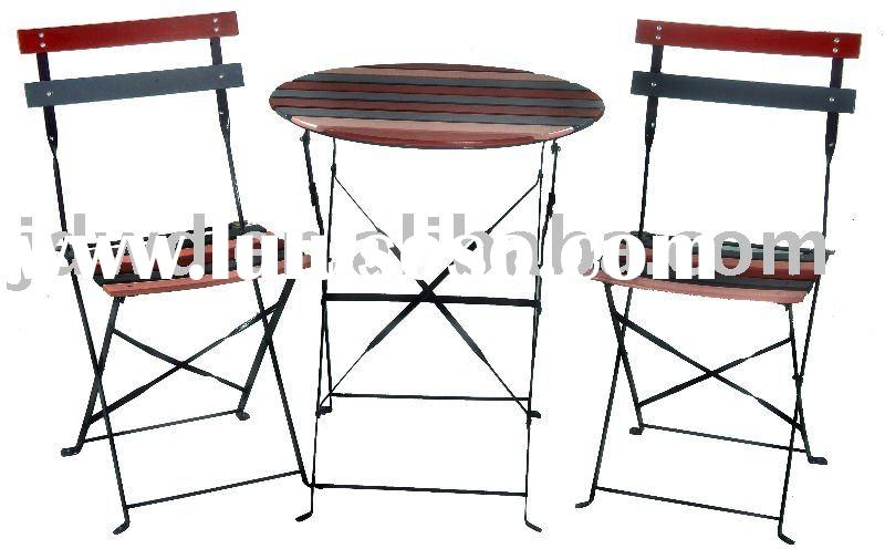 2010 round table and folding chair