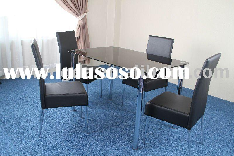 Hellidon Dining Set, dining table and dining chairs