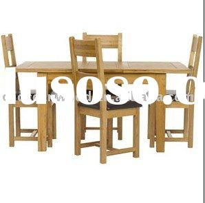 Oak Dining Table and 4 Dining Chairs