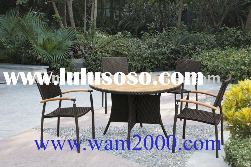 round plastic wood dining table and chairs for outdoor