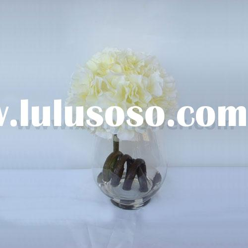 Decoration Flower of Hydrangea in Fake Water in Glass