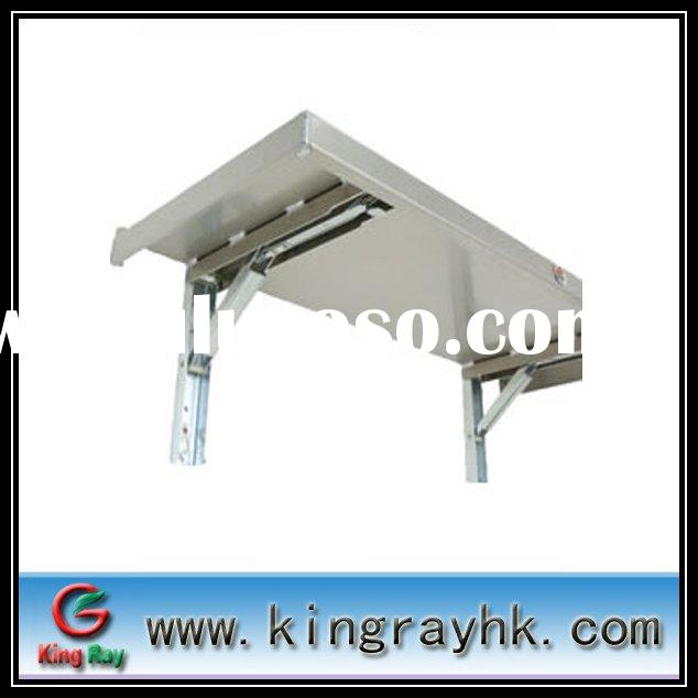 Heavy duty portable folding table