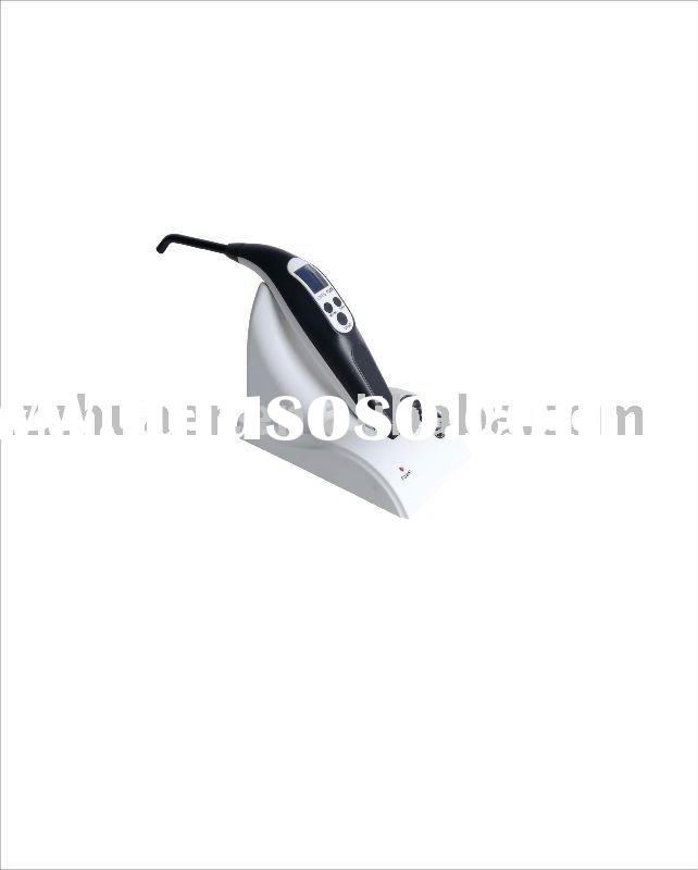 Hot LED curing light with dual power supply