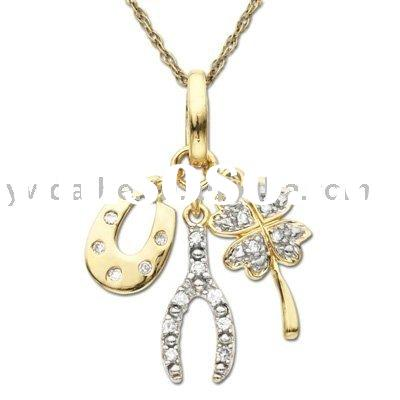Good Luck Charm Pendant in 10K Gold with Diamond Accents
