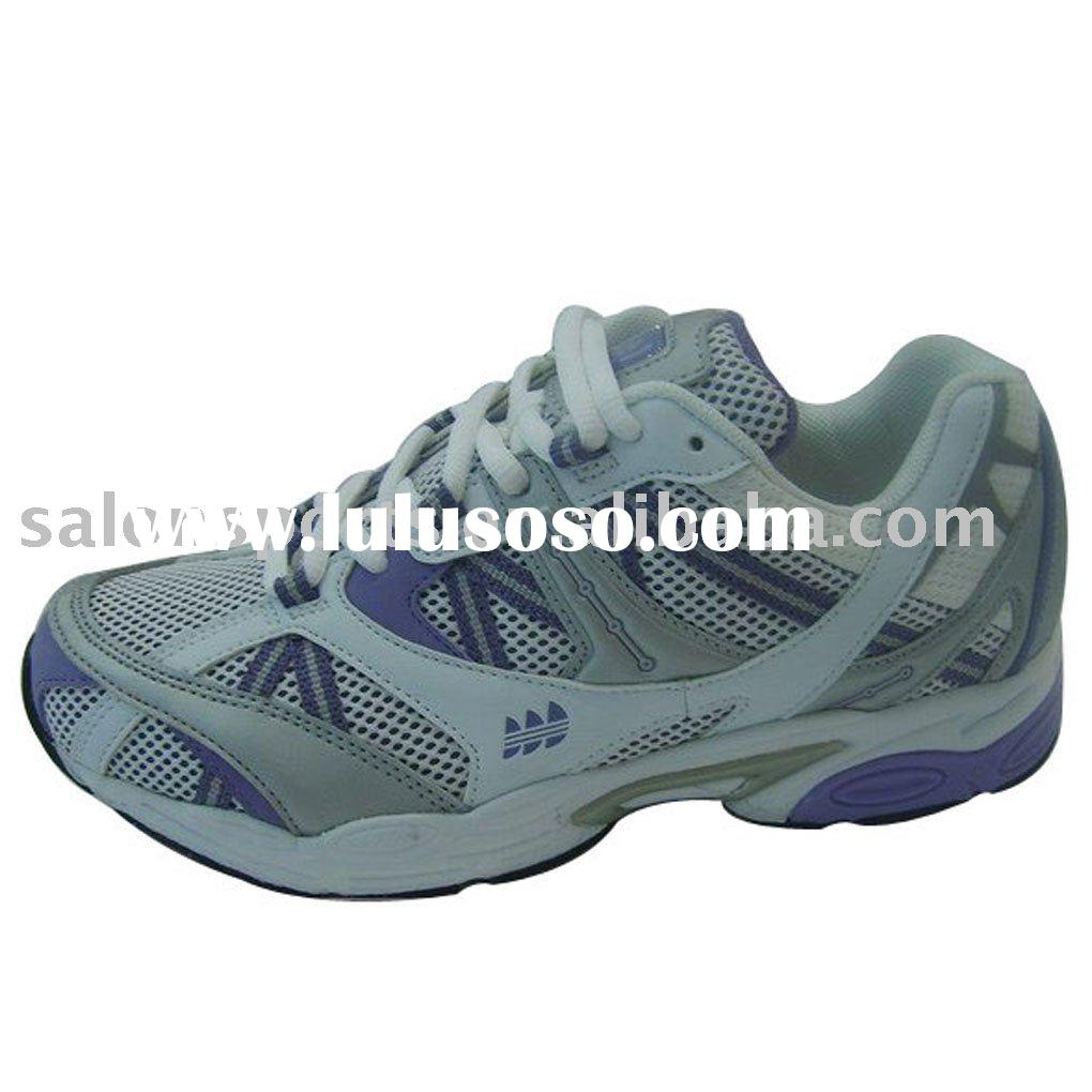 RUNNING SHOES WOMEN aRunning shoes requires a combination of