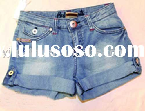 ladies jeans  shorts jeans   summer wearing