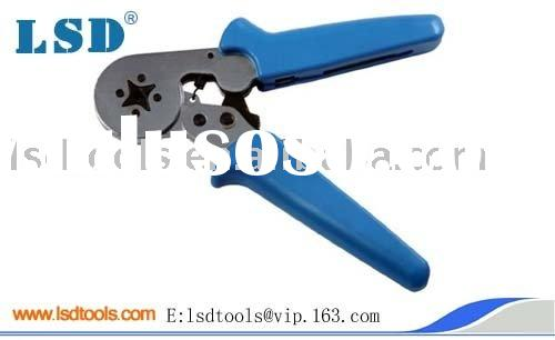 Self-adjusting crimping tool for cable ferrules