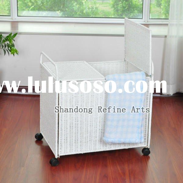 willow laundry cart/basket with wheel