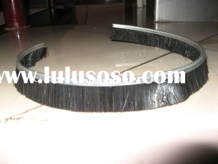HALF ROUND CHANNEL BRUSH , ROUND STRIP BRUSH , HORSE HAIR STRIP BRUSH , STRIP BRUSH ,