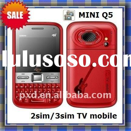 3 sim mobile phone mini Q5 with big speaker/2011 new model/TV cell phone