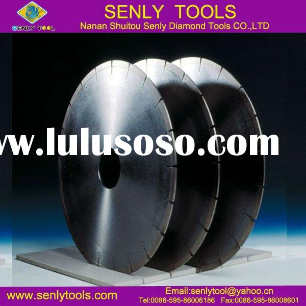 diamond saw blade in cutting work