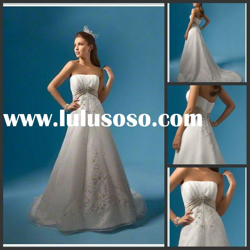 Classical Empire Strapless Sleeveless Trailing Embroidered Wedding Dress