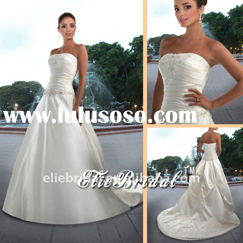 The new fashion lace appliqued beaded ivory stain  off shoulder trailing  mermaid wedding dresses