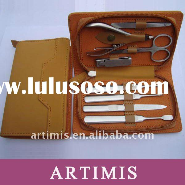 Best manicure kit with Leather pouch