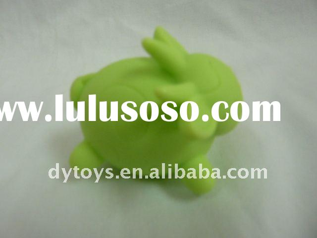 Best quality pvc green rabbit,plastic rabbit