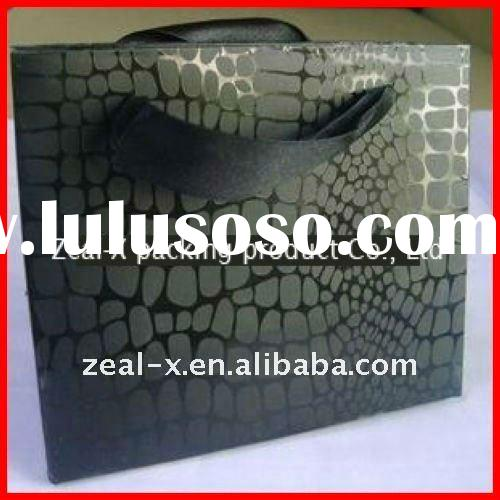 2011 hot sale paper carrier bags with pp rope or ribbon made in china