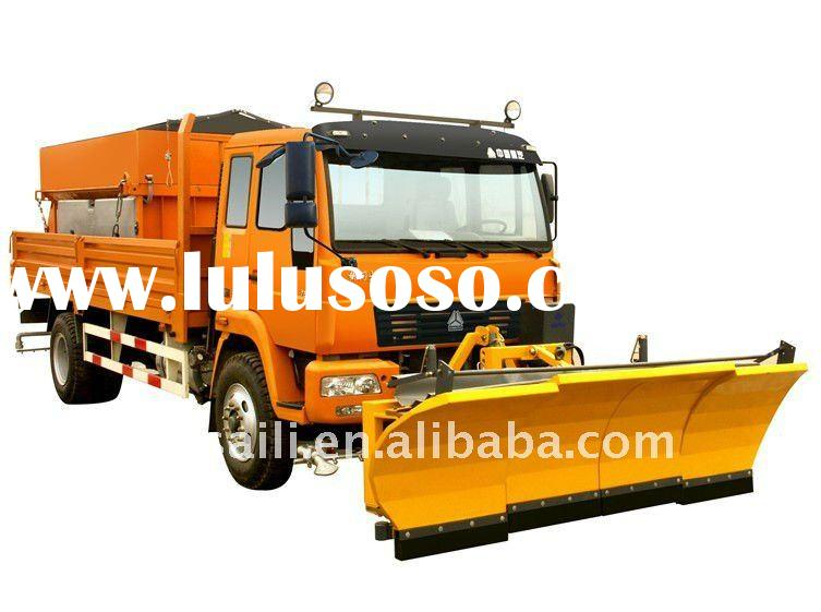 Multi-functional SINOTRUK snow plow vehicle snow removal truck