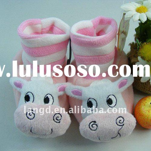 fashionable soft sole baby shoes