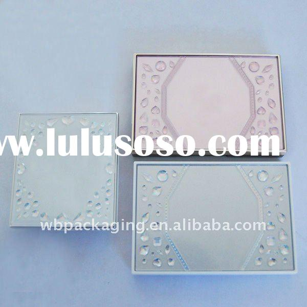 Plastic powder case for color cosmetic