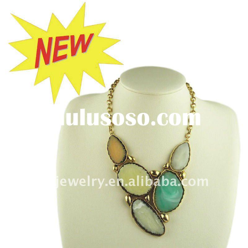 2012 New Arrival Fashion Bib Necklace,Women Resin Jewelry